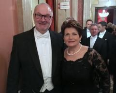 2017 02 23 Pühringer Martina LAbg und Goldhaubenobfrau in OÖ beim Wiener Opernball