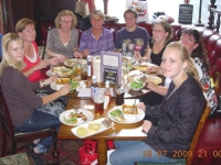 2009-07-18-london-gruppenabteilung-in-alberts-pub