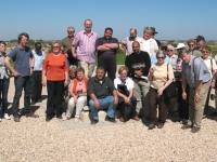 2008-03-03-libyen-gruppenfoto-auf-wasserzisterne