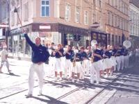 2006 07 Linz BTF Festzug  Spitze des Turnbezirkes 7