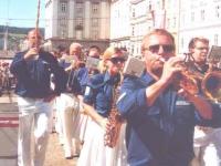 2006 07 Linz BTF Grosskonzert Ausmarsch mit Neumarkter Hilfe
