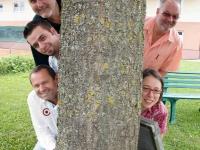 2012 08 11 Zusammen 200 Jahre SZ Gruppenfoto Baum