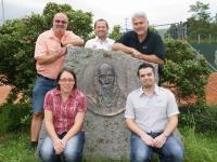 2012 08 11 Zusammen 200 Jahre SZ Gruppenfoto Jahndenkmal