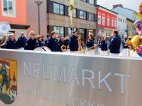 2015 04 18 Pferdemarkt Neumarkt Kurzes Ständchen