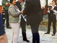 2015 08 21 Geburtstagsständchen Haderer Silvia 50 Jahre Geschenküberreichung