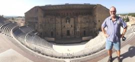frankreich-amphitheater-und-triumpfbogen-von-orange