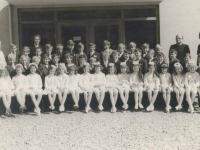 1971 Erstkommunion Gruppenfoto letzte Reihe 2. von links